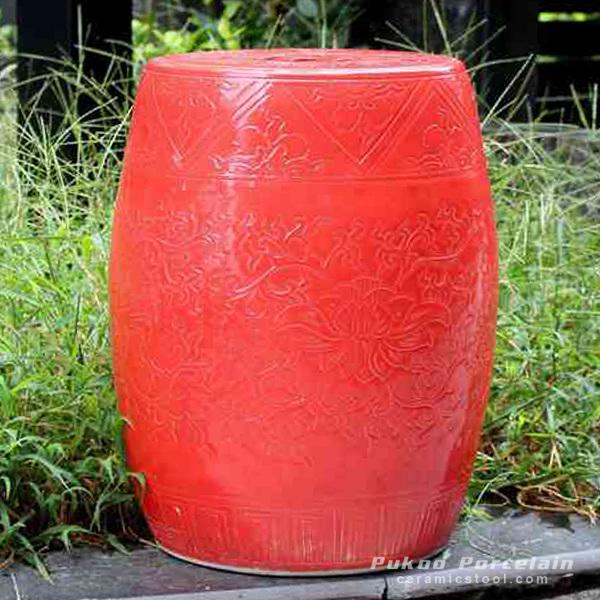 Solid color engraved porcelain oriental garden seat scarlet