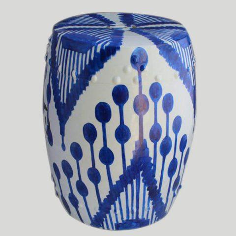 RYNQ76_Garden furniture online Blue Ceramic Hand Painted Stool