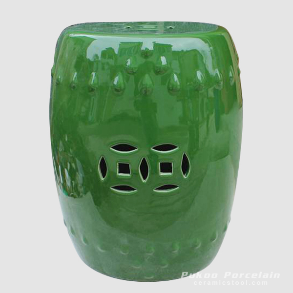 Backless green Chinese porcelain stool